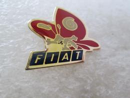 PIN'S  LOGO   FIAT   PAPILLON - Fiat