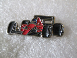 PIN'S    FERRARI   FORMULE 1 - Ferrari