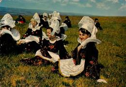 Dep 29 , Cpm Jeunes Filles En Costume De La Région De Quimperlé Et Bannalec , MX 274 , Edit. JOS (27801) - Bannalec