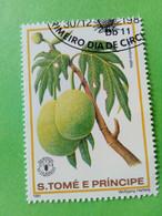 SAO TOME E PRINCIPE - Timbre 1981 : Série Fruits - L'Arbre à Pain (Artocarpus Altilis) - São Tomé Und Príncipe