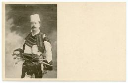 Haïdouk .brigand De Grand Chemin Opérant Dans Les Balkans Et Caucase Sous Domination Ottomane.pistolets Platine à Silex. - Théâtre