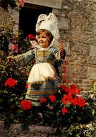 Dep 29 , Cpm Petite Fille En Costume Des Régions De Concarneau , Fouesnant , MX 532 , Edit. JOS (27861) - Concarneau
