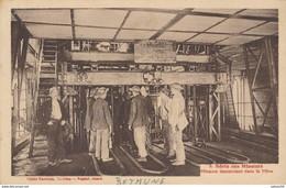 62) BETHUNE : Série Des Mineurs - Mineurs Descendant Dans La Mine - Bethune