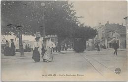 CPA 17200 ROYAN :  Tram  à L'Arrêt Sur Le Bd Botton-   Carte Voyagée - 1913? - Royan