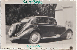 Petite Photo Amateur Traction Avant Citroën Nommée La Gazotte (Gazogène ?) à Neuvelles (70) Couyba - Cars