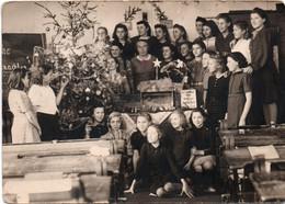 Sarreguemines ? école De Filles Sous L'occupation à Noël - Sarreguemines