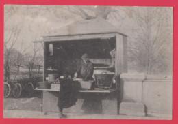 69 - BARAQUE SUR LES BORDS DU RHONE--Carte Photo---Marchand De Fruits Et Autres - Sin Clasificación