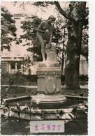 Snapshot LEZIGNAN Corbieres Statue  NYMPHE A LA SOURCE Fontaine Jardin Public 60s - Places