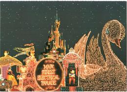 CPM 77 (Seine-et-Marne) Serris - EURODISNEY Disneyland Paris. Main Street Electrical Parade TBE Au Val D'Europe - Disneyland