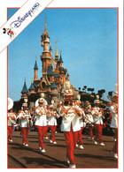 CPM 77 (Seine-et-Marne) Serris - EURODISNEY Disneyland Paris. The Euro Disney Land Band TBE Au Val D'Europe - Disneyland