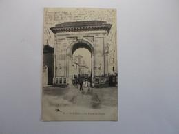 NEVERS La Place De Paris - Nevers