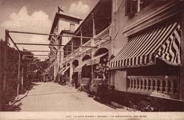 83 BANDOL   CPA  Le Grand Hôtel Des Bains - Bandol
