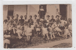 Mission De Noirs à Amaralina. Maison De Campagne De Mercès-Bahia, Brésil). Groupe De Filles - Première Communion. - Unclassified