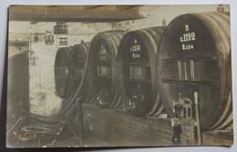 Carte Photo Grands Tonneaux à Vin En Bois Vigneron - To Identify