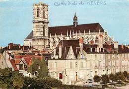CPSM Cathédrale De Nevers     L580 - Nevers