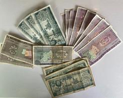 Rwanda : Très Beau Lot De 17 Billets 1971 - 1974 -  500/100/50/20 - 11 Jamais Utilisés - Séries - Rwanda
