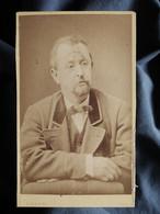 Photo CDV A. Lumière à Lyon - Portrait Homme, Circa 1875 L550-6 - Ancianas (antes De 1900)