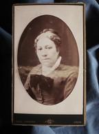 Photo CDV Noël Coudant à Lyon - Portrait Femme En Médaillon, Circa 1880-85 L550-6 - Ancianas (antes De 1900)