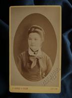Photo CDV Henri Et Ossin à Lyon - Portrait Jeune Femme Circa 1875-80 L550-6 - Ancianas (antes De 1900)