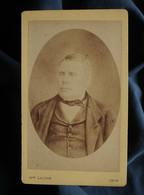Photo CDV Mme Laloge à Lyon - Homme Portrait En Médaillon Circa 1875-80 L550-6 - Ancianas (antes De 1900)