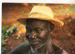 Togo Tradition Et Sagesse , Homme Avec Chapeau De Paille, Photo Gilbert Piranda - Togo