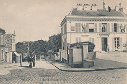 92) MEUDON : La Mairie Et La Rue De Paris - Meudon