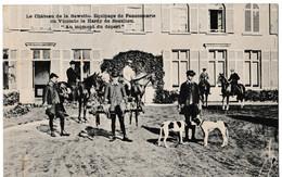 """Le Château De La Bawette. Equipage De Fauconnerie Du Vicomte Et Hardy De Beaulieu. """"Au Moment Du Départ"""" - Wavre"""