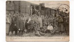 Guerre De 1914 - Arrivée à Paris D'un Convoi Mixte De Blessés Français Et Allemands - 1915 (X118) - Guerra 1914-18