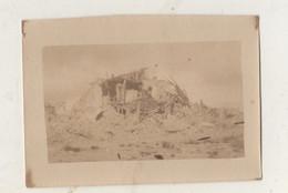 Photographie Originale.Guerre De 14/18. Belgique Grand Place De Nieuport Ville. Août 1918 - Guerra, Militares