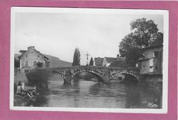 25,-  VUILLAFANS ,- Vieux Pont Sur La LOUE - Other Municipalities