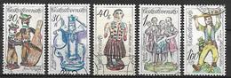 TCHECOSLOVAQUIE   -  1978.   Y&T N° 2309 à 2313 Oblitérés .  Céramiques Slovaques.    Série Complète. - Usati