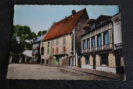 CPSM - LE NEUBOURG (27) - Le Vieux Château - Le Neubourg