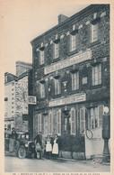AUTOMOBILE-STATIONNE DEVANT HOTEL DE LA POSTE-A MESSAC-35-VOIR SCANNER - Zonder Classificatie