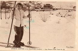 Sports D Hiver A LA BASTIDE  Les Jeunes Aussi Font Du Ski    Photo Nimes  Voir 2 Scans - Other Municipalities