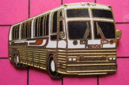 SP05 Pin's Pins / Beau Et Rare / THEME : TRANSPORTS / AUTOBUS ROUTIER BLANC PREVOST CONCORDE - Transportation