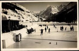 CPA Klosters Serneus Kt. Graubünden Schweiz, Eisbahn - GR Grisons