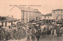 Pouzauges (Vendée) Marché Aux Boeufs, Maquignons Devant Le Café Du Centre (Mignon) Carte N° 1639 Non Circulée - Pouzauges