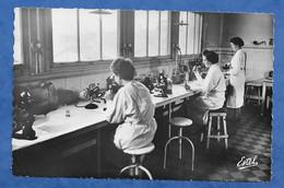 CPSM Médecine Recherche - Hôpital Militaire De Percy Clamart - Laboratoire De Bactériologie  - Estel Non Voyagée 9/14 Cm - Health