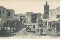 37 - KAIROUAN - LA PORTE DE TUNIS (  Animées ) TUNISIE - Tunisie