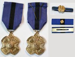 Médaille-BE-021A_V3_Ordre Leopold II_Médaille Or, Ruban De Rappel Et Fixe Ruban - Bélgica
