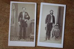 2 Cdv Second Empire  Hommes Tenue Brodées  Vers 1860 Médailles Par Chazal Et Giraudeau - War, Military