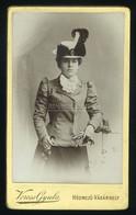 HÓDMEZŐVÁSÁRHELY 1890. Ca. Veress Gyula : Hölgy, Visit Fotó - Unclassified