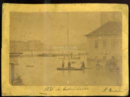 BUDA 1875. Bomba Tér, Árvíz, Régi Fotó 24*17 Cm - Unclassified