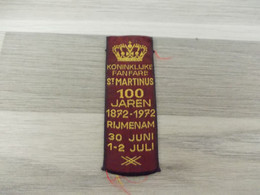 Rijmenam Lintje Geborduurd Met Gouddraad Koninklijke Fanfare St. Martinus 100 Jaren1972 - Altri