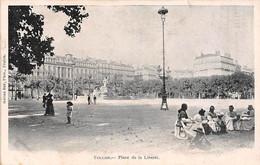 Toulon          83          Place De La Liberté     - Nourrices  - 2   (voir Scan) - Toulon