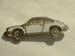 Pin's PORSCHE 911 BLANCHE - Porsche