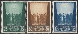VATICANO 1944 - Opere Di Carità - 3 Val. Nuovi**  (1069) - Ungebraucht