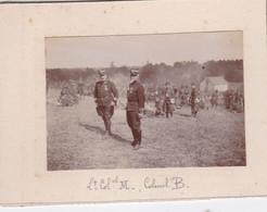 Photo  Mayenne La Dernière Halte  Colonel Balfournier & Mugnier Et La Troupe Du 130 E Régiment D'infanterie   Réf 5443 - War, Military