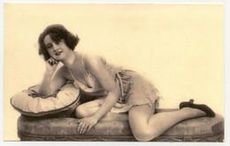 Photogravure. Femmes . Style Art Déco. Lingerie Fine. érotique. Erotic.  ( Reproduction ) - Reproductions