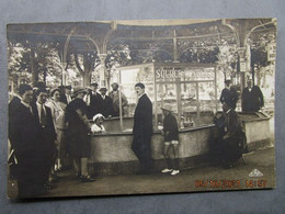 CPA 03 Allier  VICHY  - Real  Photo  Curistes Source Mesdames  Vers 1925 - Vichy